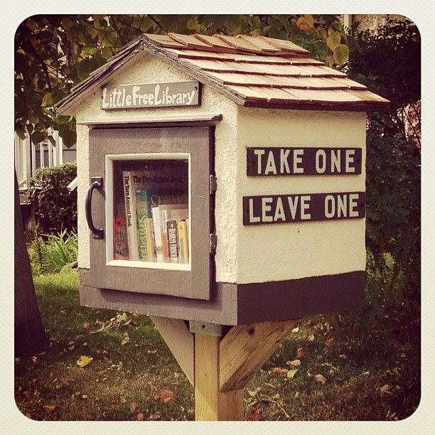 Mini library for the home pinterest for Mini library at home