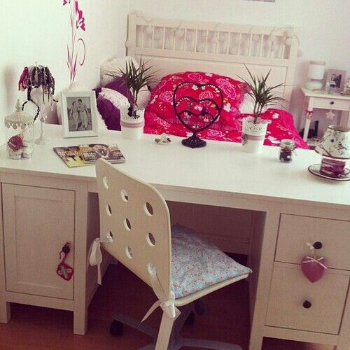 Girly girl room super cute my room pinterest for Cute girly rooms