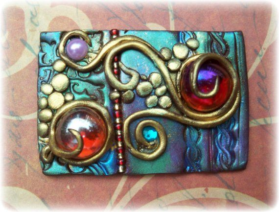 Другой дизайн полимерной глины я сделал использованием глины, стеклянные бусины и порошок слюды ~ Габриэль
