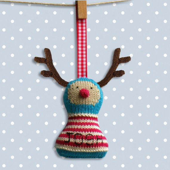Simple Knitting Patterns Christmas Decorations : Rudolph Knitting Pattern. Christmas decoration / holiday ornament
