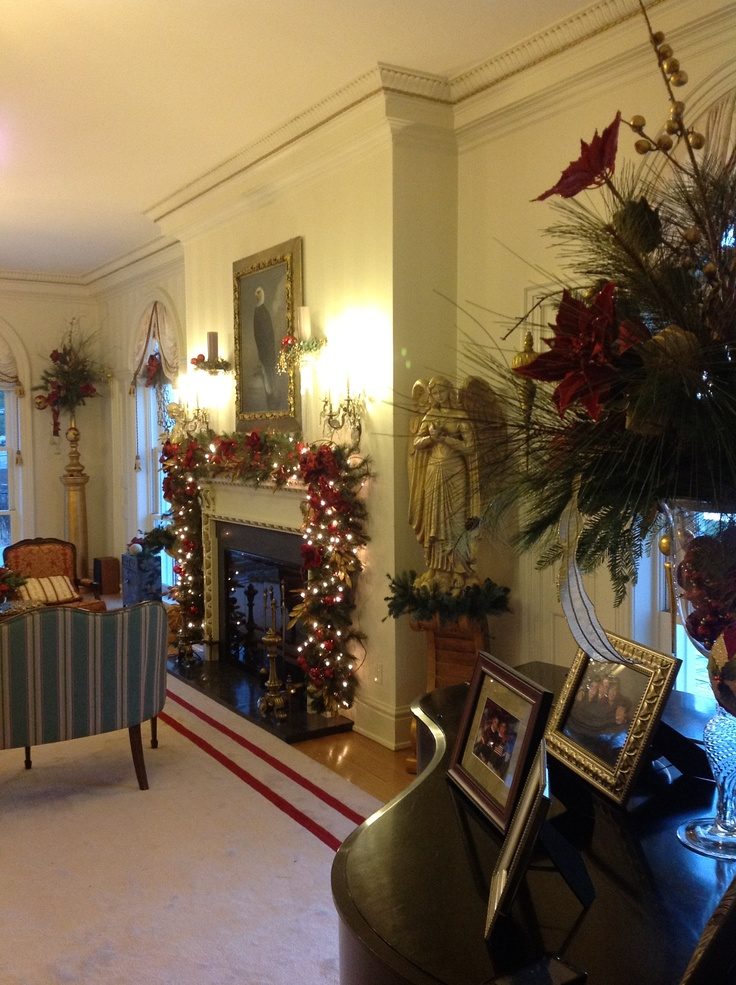 Pin By The Front Porch On Governor 39 S Mansion Holiday Decor