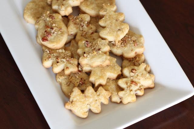 maple pecan shortbread | cookies/brownies/bars | Pinterest