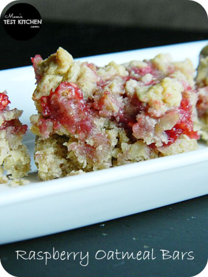 Mom's Test Kitchen: Raspberry Oatmeal Bars