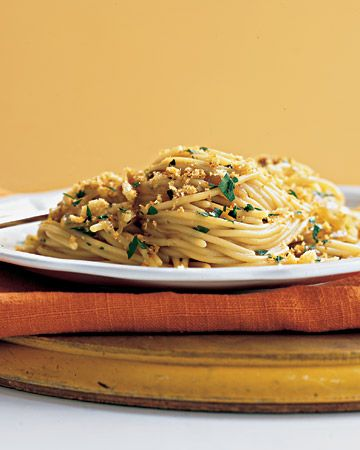 Spaghetti with Caramelized Onions, Anchovies, and Toasted-Garlic ...