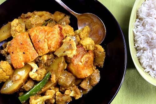 ... bengali style fish in yogurt curry recipes dishmaps bengali fish curry