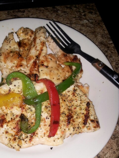 My dinner for tonight marinated Chicken with grilled bell peppers mmmm