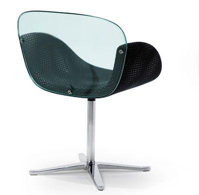Mathias Seiler y Stephan Veit han diseñado Trance, una silla de formas orgánicas que conjuga a la perfección con la filosofía que la firma Artifort aplica en sus diseños.
