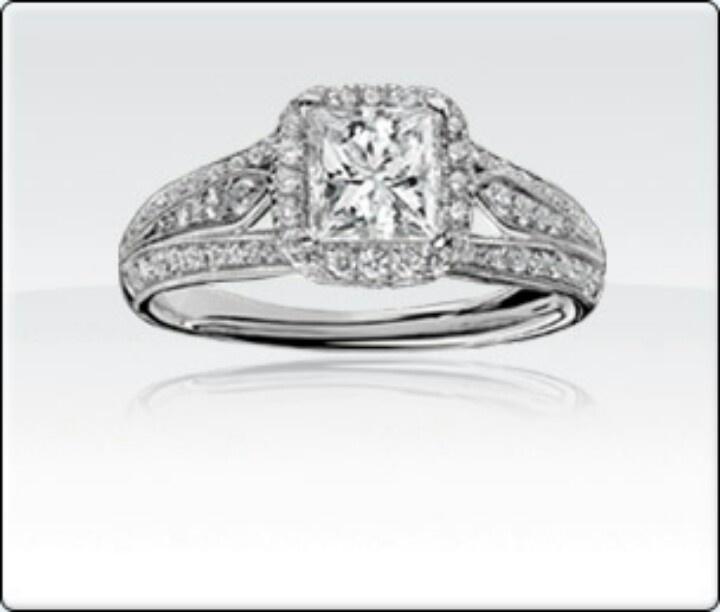... PLEASE!! Demetrios 1-12ct T.W. princess cut diamond engagement ring