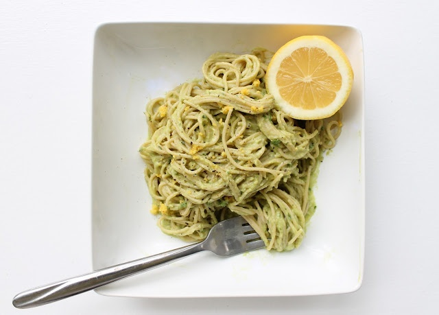 Avocado Cream Pasta Sauce with whole wheat noodles... YUM