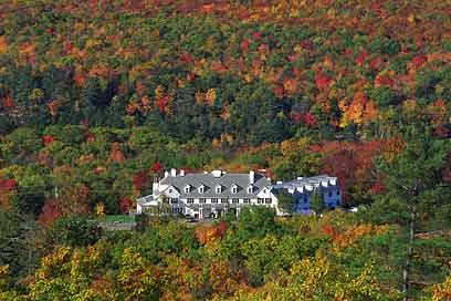 The Lucerne Inn in the fall. Reminds me of home.