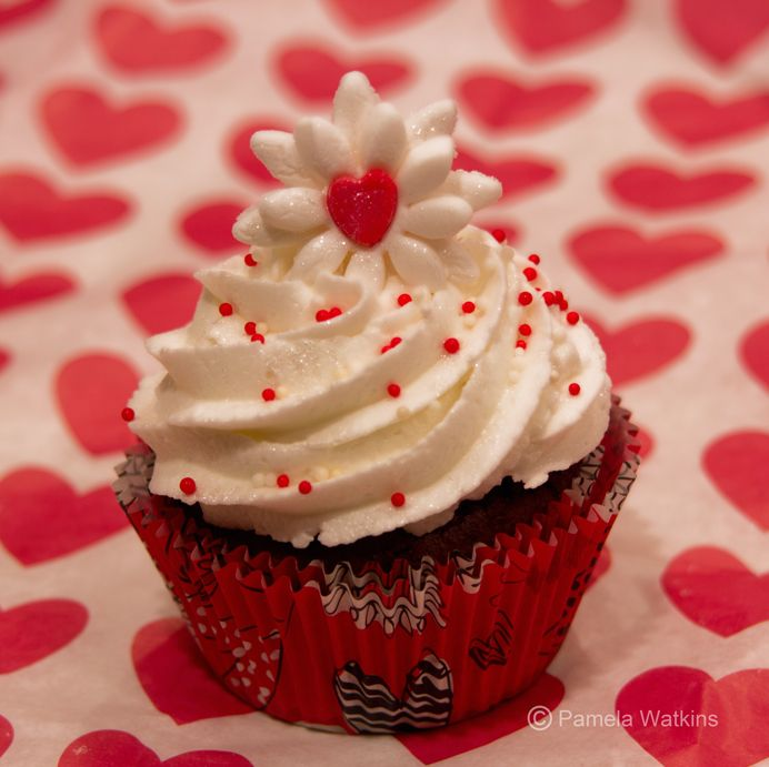 valentine's day cupcake design