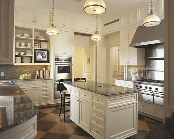 Elegant new york apartment kitchen home kitchens for Apartment kitchen design dublin