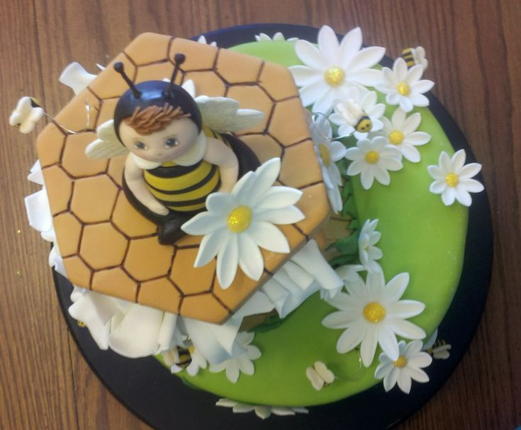 bumble bee baby shower cake s c baby shower pinterest