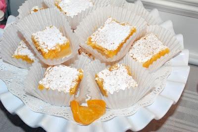 Skinny Lemon Bars | Yummy + Better For You | Pinterest
