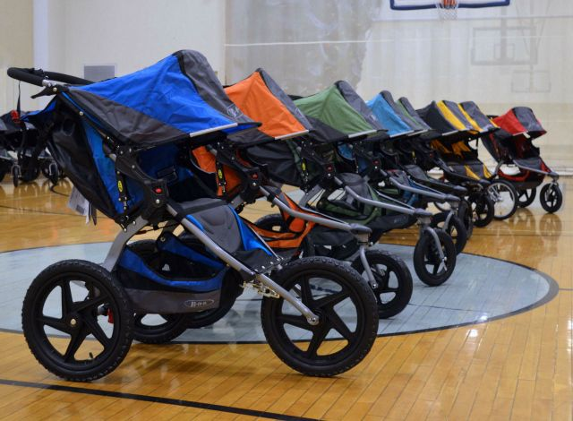 {New Baby Gear!} BOB Revolution FLEX and PRO Strollers - See new features + tips for stroller workouts! #babygear