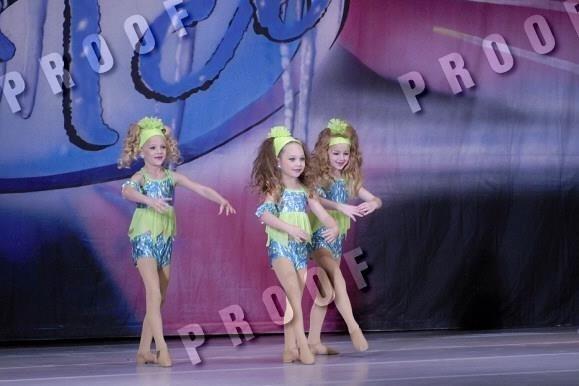 Paige maddie and chloe original trio pinterest