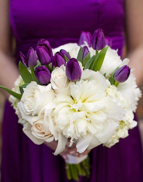 Wedding Bouquets Of Tulips : Simply sweet tulip bridal bouquets