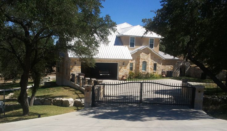 Pin by christie chambers on texas properties pinterest for Texas hill country houses for sale