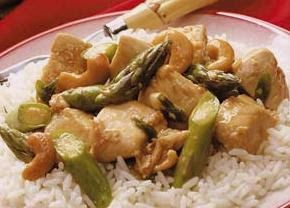 Cashew Chicken and Asparagus Stir-Fry -- really easy to make, but I ...