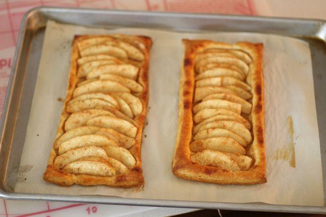 Easy Apple Tart Recipe...really, really easy, Yay. Must add caramel ...