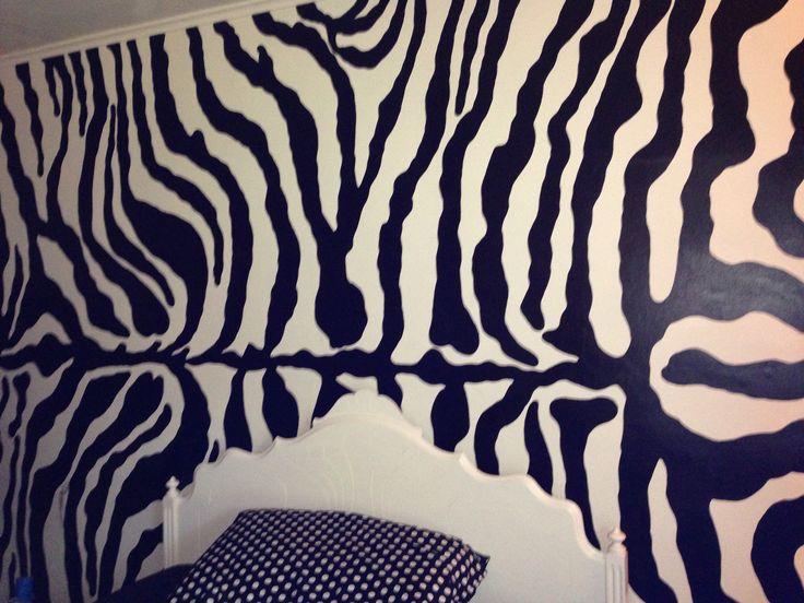 zebra wall mural girls bedroom my house pinterest wall decor zebra rumah minimalis