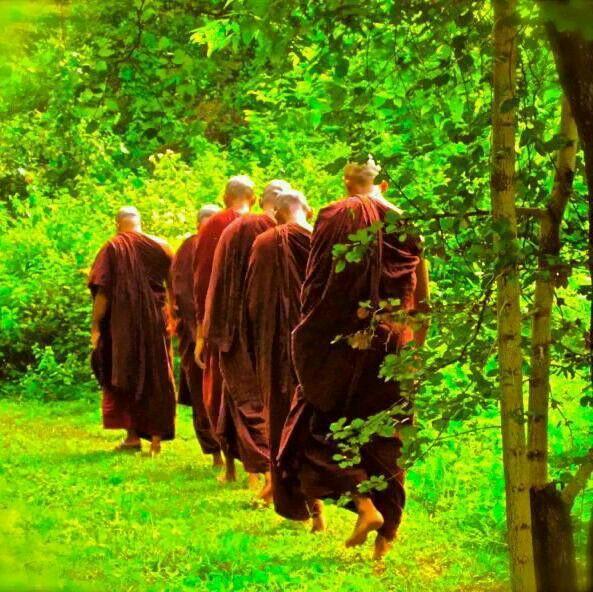 Buddhist walking meditation techniques