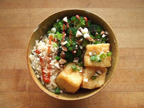 rice, sauteed broccoli, deep fried tofu with green onion, almonds ...