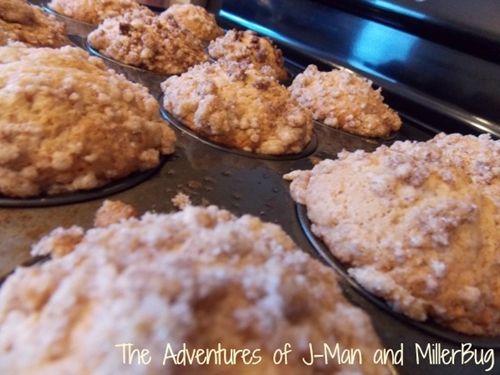 Vanilla Yogurt Crumb Cake Muffins   Muffins   Pinterest
