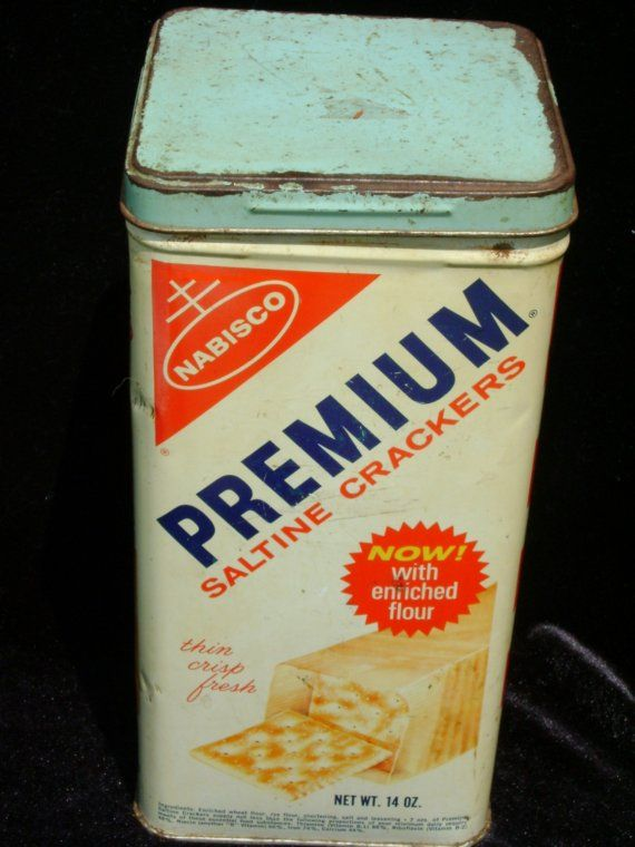 REDUCED AGAIN-- Nabisco Premium Saltines Tin 1969