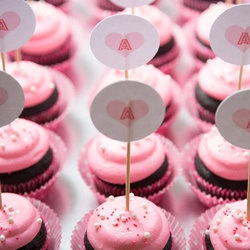Chocolate Cupcakes with Pink Cream Cheese Frosting — Punchfork