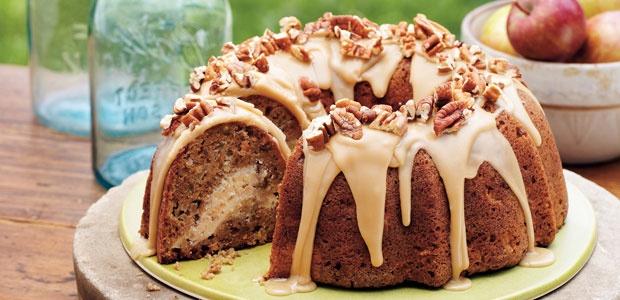 Pumpkin Cream Cheese Bundt Cake | For my baking addiction | Pinterest