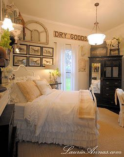 Gorgeous farmhouse bedroom (from Laurianna's Vintage Home)