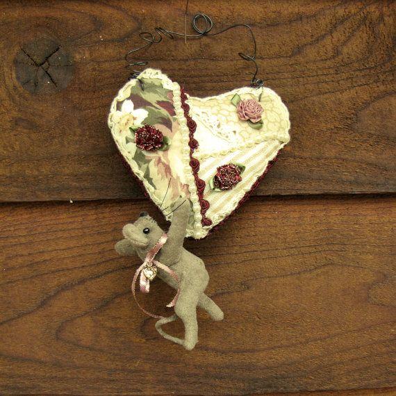 Primitive Mouse, Hanging Heart, Ornament, Love, Roses