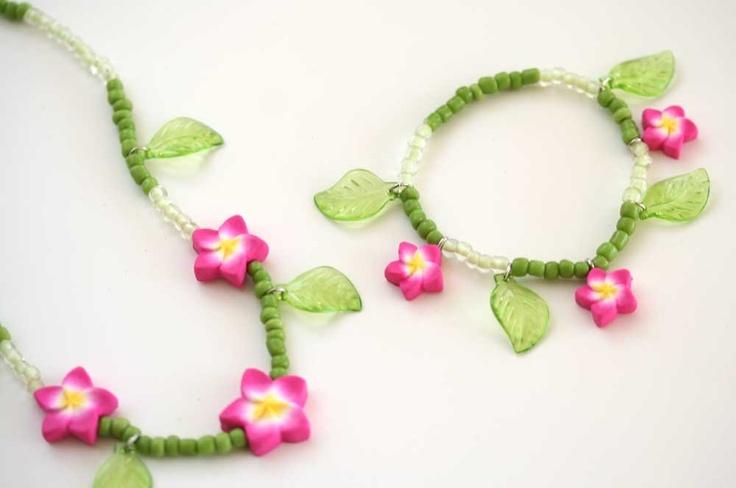 Pink Plumeria Bracelet 556. $6.50, via Etsy.