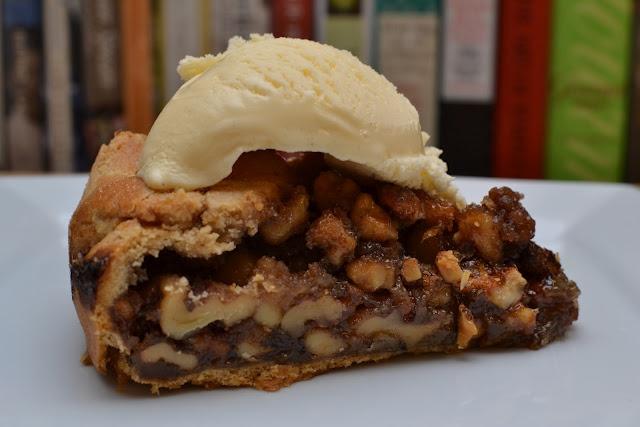 honeyed walnut tart.... Wow! Yes please! | Yummy Treats | Pinterest