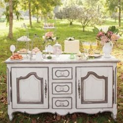 The loveliest dessert table for your wedding or bridal shower!