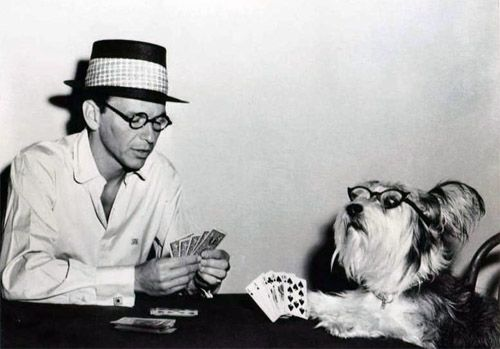 Frank Sinatra playing poker with a dog -with glasses!