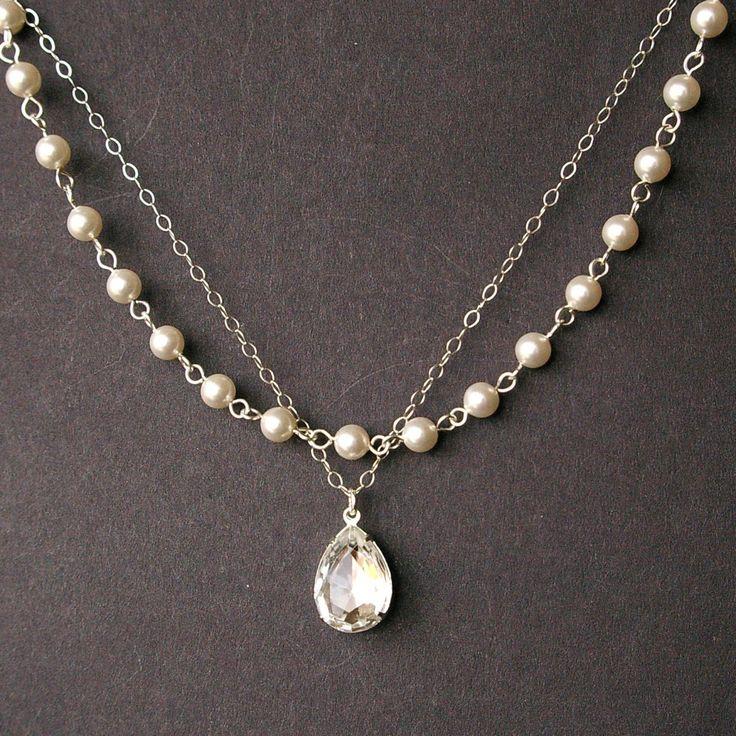 Bridal vintage pearl jewelry