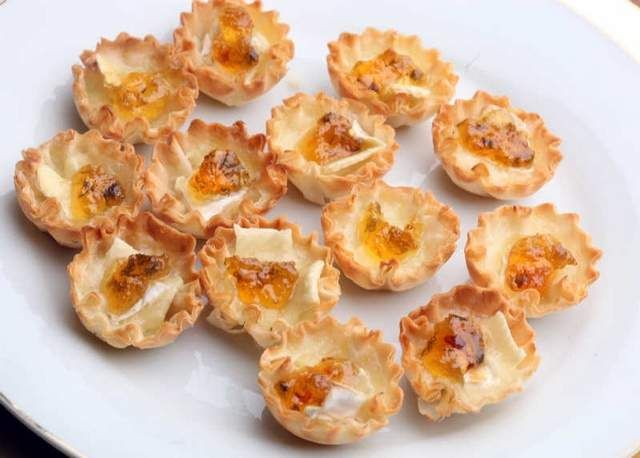 Recipe phyllo cups with brie and hot pepper jelly detroit free