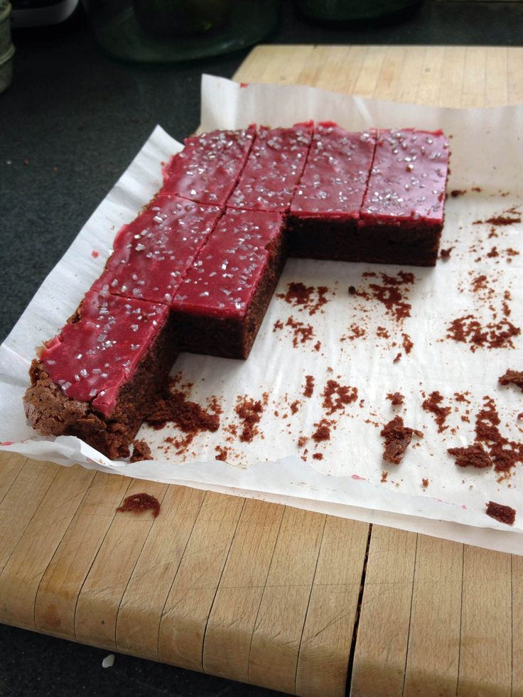 Fudgy, Red Wine Brownies | Goodness | Pinterest