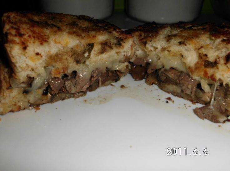 Yum... I'd Pinch That! | Grilled Steak Sandwich