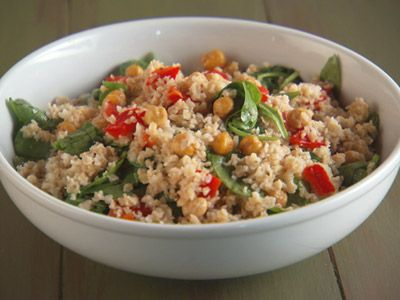 Bulgur with Roasted Red Peppers, Chickpeas, and Spinach Recipe ...