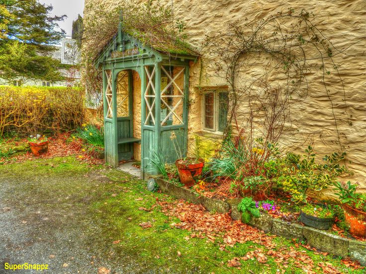 darling quaint cottage. | Country Quaint | Pinterest Quaint English Cottages