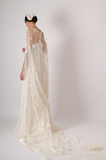 Pin by Nathalie LamarieeenColere on Robes de mariée  Pinterest