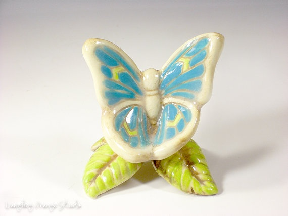 Small blue butterfly chair with leaf legs by laughingorangestudio 8