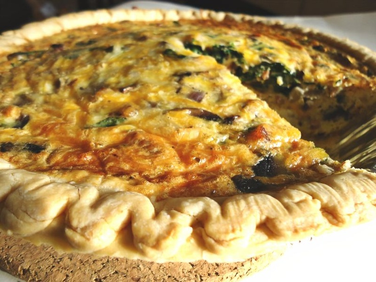 Bacon, Mushroom and Spinach Quiche   breakfast time~   Pinterest