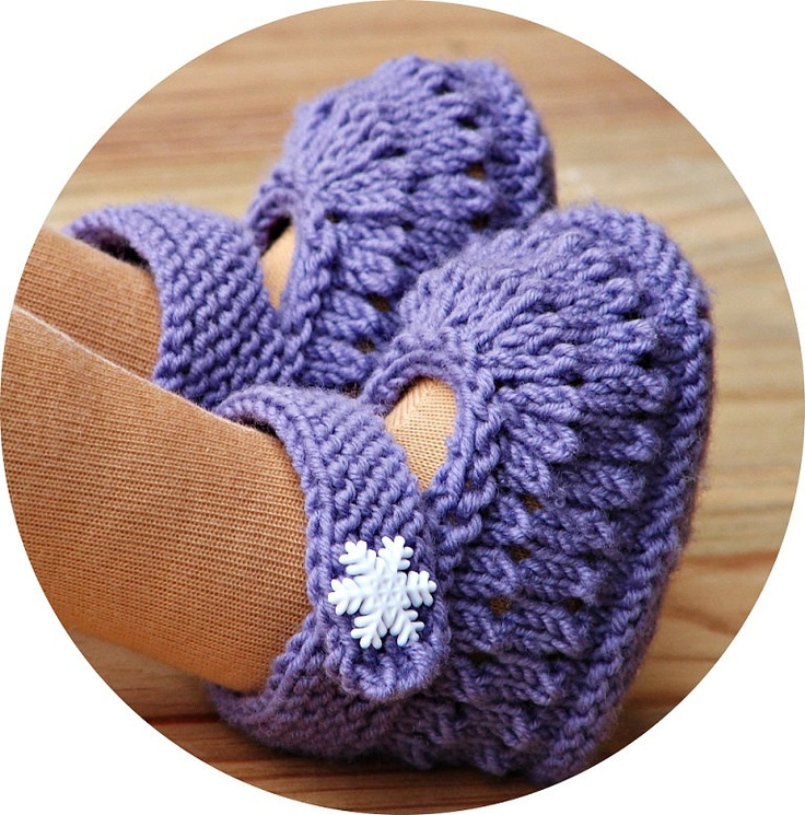 Hand knitted doll booties (purple) American Girl Crochet Pinterest
