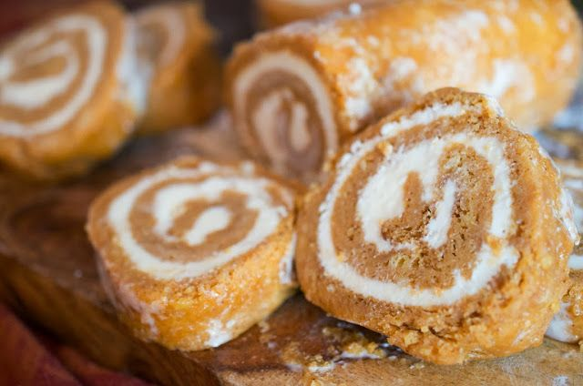 Pumpkin Cake Roll | Drool Over This | Pinterest