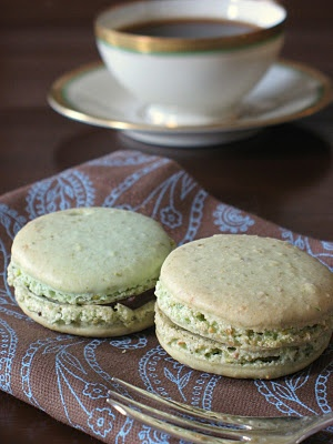 Pistachio Macarons | French Macarons | Pinterest