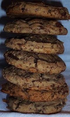 Peanut Butter Chocolate Chunk Cookies #cookies